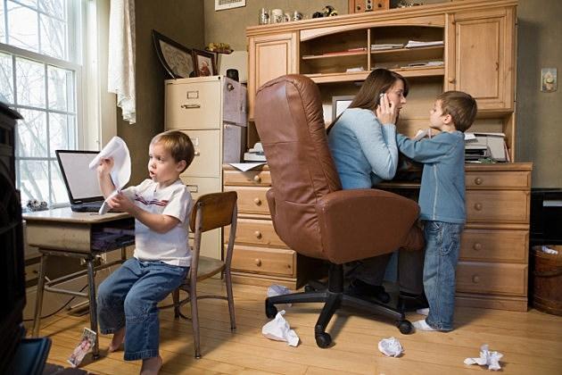 ¿Cómo trabajar con hijos desde casa?